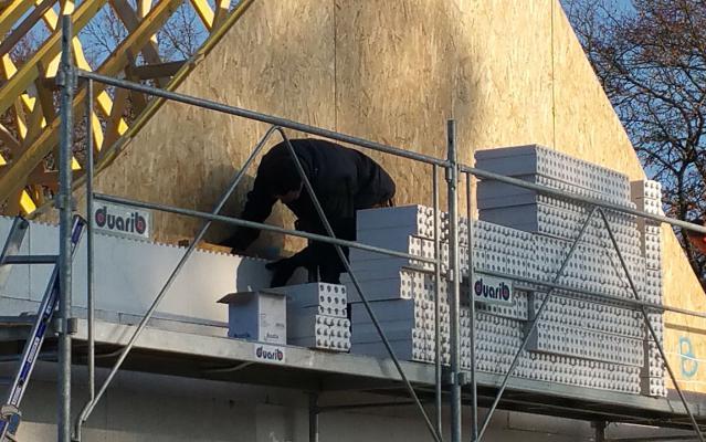 Pignon de facade vue externe durant l'installation