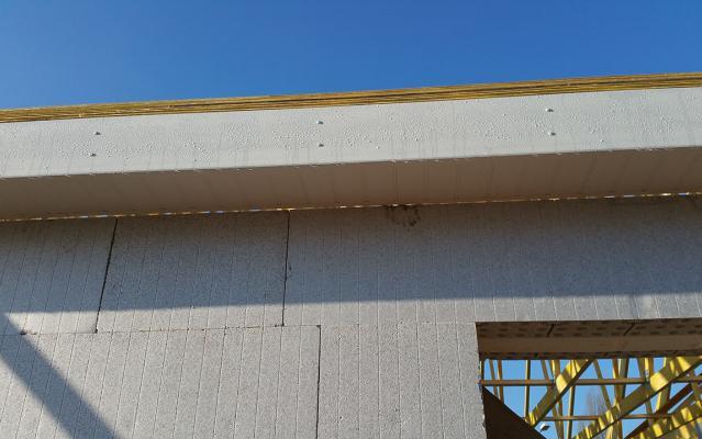 Zoom sur les rives de toiture